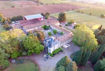 Vue aérienne du Château de Pech-Céleyran