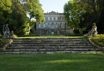 Vue du jardin du Château de L'Engarran