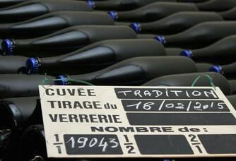 Bouteilles de la cuvée Tradition du Domaine Rousseaux-Batteux