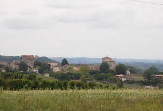 Vue depuis la propriété du village de Pujols