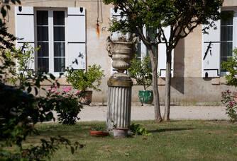 Château de l'Hurbe - La cour du château