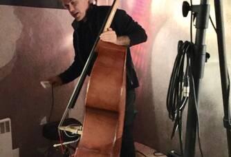 Alain mon ami contre bassiste