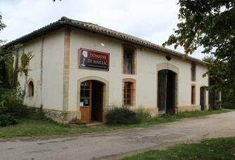 La façade du Château Maillac