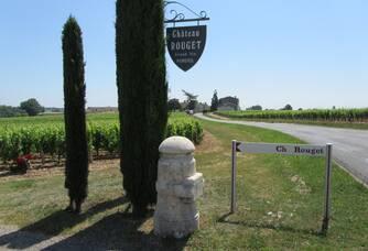 L'entrée au Domaine du Château Rouget